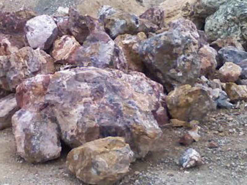 boulder in painted desert
